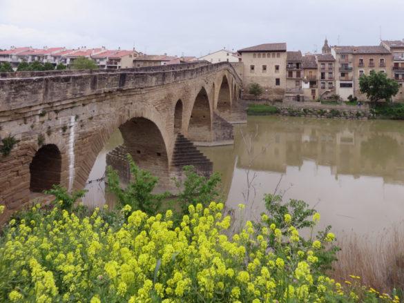 Queen's Bridge Puente la Reina